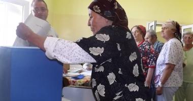 Ultimii bolnavi internaţi au cerut să voteze pe listele suplimentare
