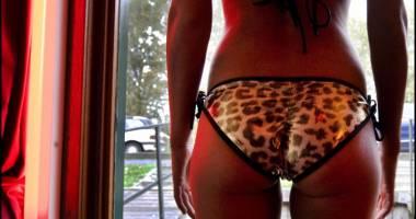 Vrăjea o tânără cu declaraţii de dragoste şi o punea să se prostitueze