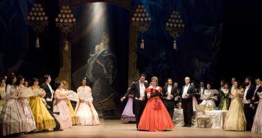 """Vreți să mergeți la operă? """"Traviata"""" şi """"Turandot"""" revin pe scenă"""