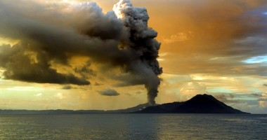 Zboruri perturbate în Noua Zeelandă, în urma erupţiei unui vulcan
