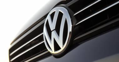 """Standard & Poor's a retrogradat ratingul pe termen lung al Volkswagen AG cu o treaptă, la """"A minus"""""""