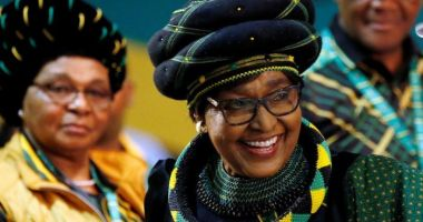 A murit Winnie Mandela, fostă soţie a lui Nelson Mandela