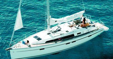 Yachturile de lux au ancorat în Portul Turistic Mangalia