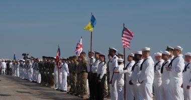 Foto : Zeci de mii de navigatori români au fost ignorați de ziua lor