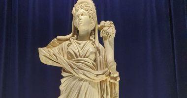 Zeița Fortuna cu Pontos poate fi admirată în format 3D