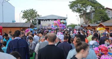 """Festivalul C�ntecului Popular """"Elena Roizen"""""""