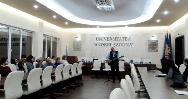 """Ziua Culturii Naţionale, celebrată prin literatură şi muzică, la Universitatea """"Andrei Şaguna"""""""