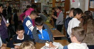 De ce este importantă Ziua Educaţiei Nonformale