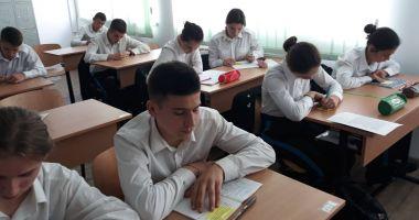 """Ziua Educației, sărbătorită de elevii Colegiului """"Alexandru Ioan Cuza"""""""