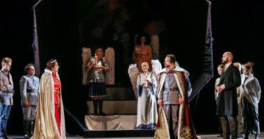 Ziua Regalităţii, sărbătorită printr-un spectacol - manifest la Constanţa