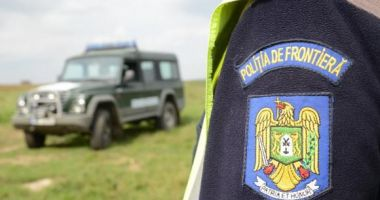 Trei bărbaţi căutați de autoritățile române, într-un dosar de OMOR, depistaţi la frontieră