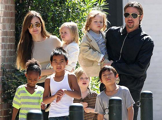 src=https://www.cugetliber.ro/imagini/original/familie 1453720608.jpg 15 Nasihat Perkahwinan Dari Brad Pitt Untuk Suami: Jangan Ulangi Kesilapan Saya!