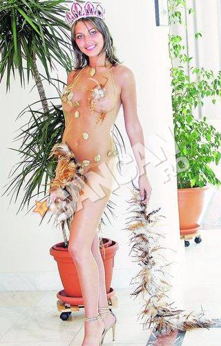 image O fată de 16 ani din romania ii arata pizda iubitului sau