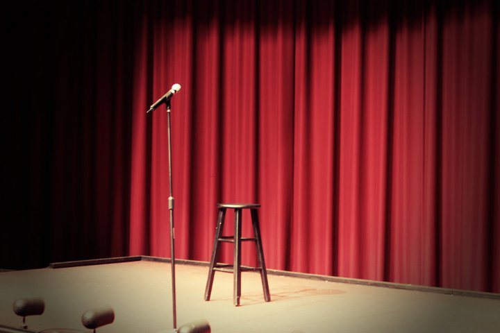 Stand-Up Comedy( Organizam evenimente si spectacole)