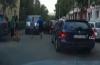 Un şofer beat a lovit şase maşini! Un bărbat i-a scos cheile din contact pentru a-l opri