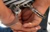 Arestat după ce  a condus beat,  fără permis  şi a lovit doi pietoni