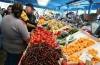 Aten�ie, fructe periculoase pe pia��! Caise �i nectarine din Turcia, otrav� curat�
